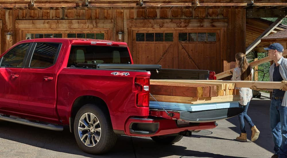 Bed Of A Truck >> Make Your Truck Bed Mccluskey Chevrolet