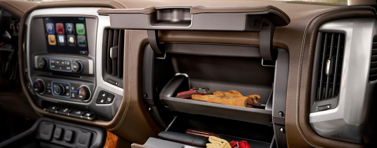 A close up of the 2017 Chevy Silverado interior with a touchscreen is shown.