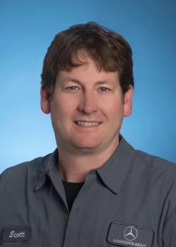 Scott  Bruington