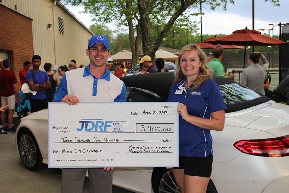 Mercedes-Benz of Midlothian donates to JDRF