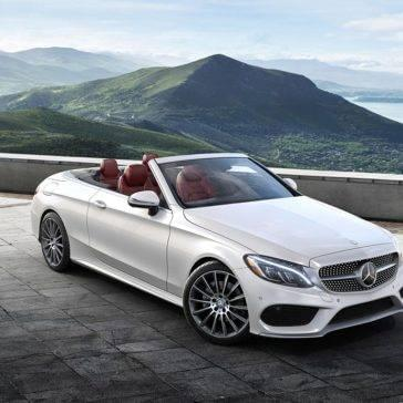 C-Class C300 cabriolet in the mountains