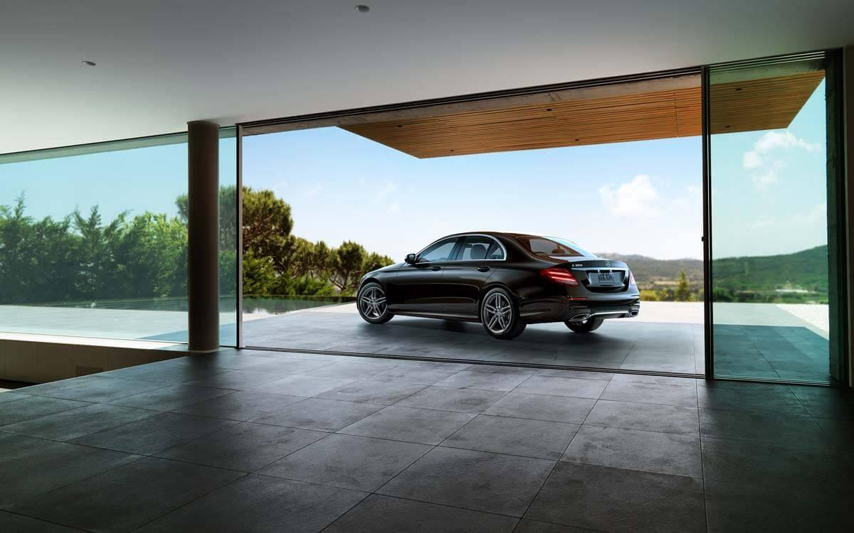 2017 E-Class in Modernist setting