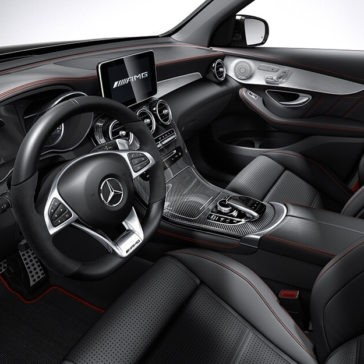 2018 Mercedes-Benz GLC 300 dashboard