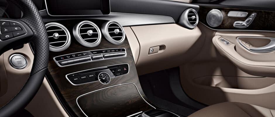 2018 Mercedes-Benz Cabin