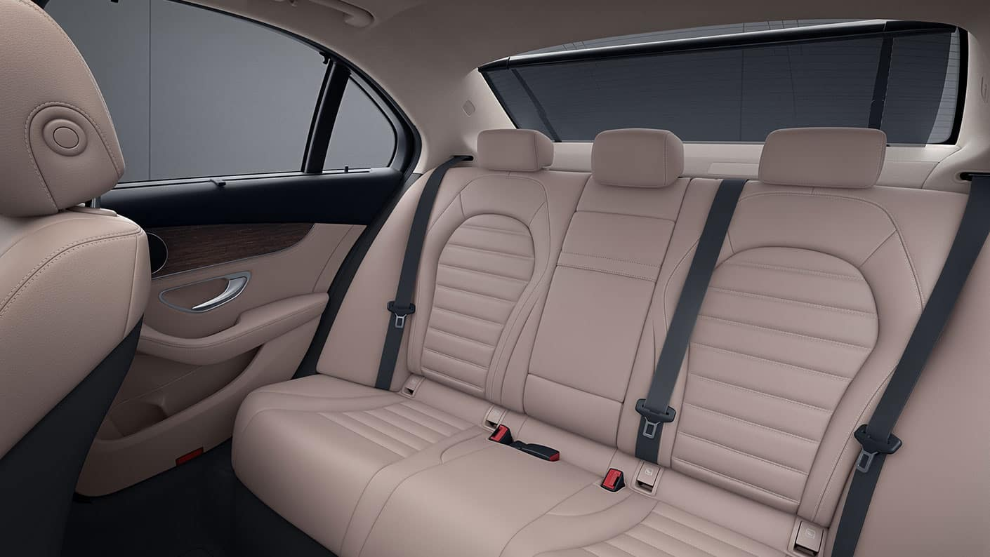 2019-Mercedes-Benz-C-Class-Sedan-back-interior