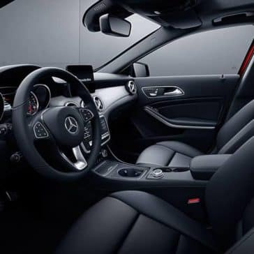 2019-Mercedes-Benz-GLA-black-interior