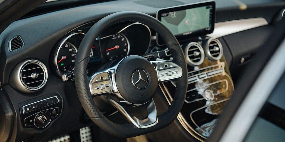 2019 Mercedes-Benz C-Class Steering Wheel and Dash
