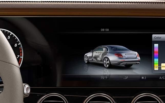 2019 E-Class Central Display