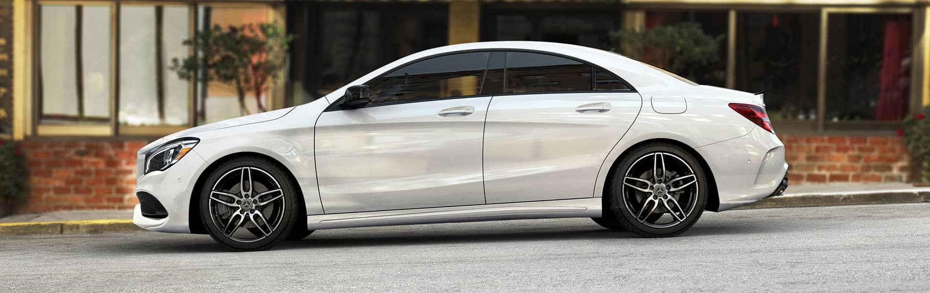 2019 MB CLA Side View