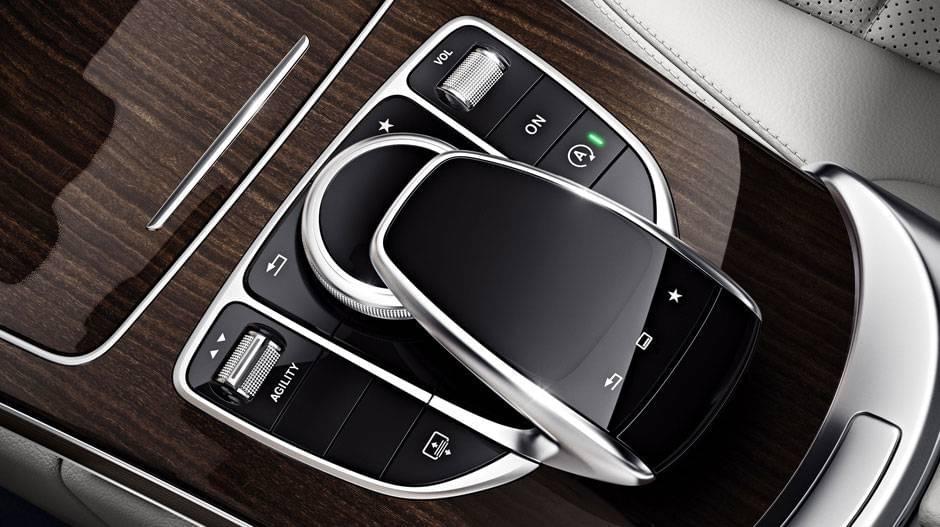mercedes-benz-c300-sedan-interior-crystal-grey-black-leather-linden-wood-touchpad