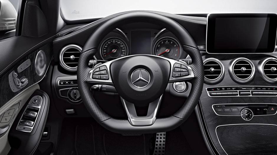 mercedes-benz-c300-front-interior