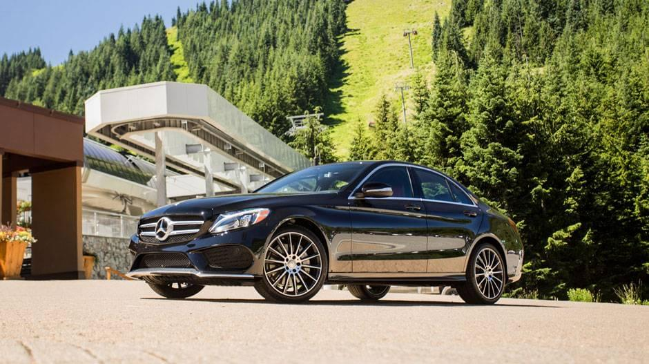 mercedes-benz-c300-sedan-black-sport-package-19-inch-amg-multispoke-wheels-side