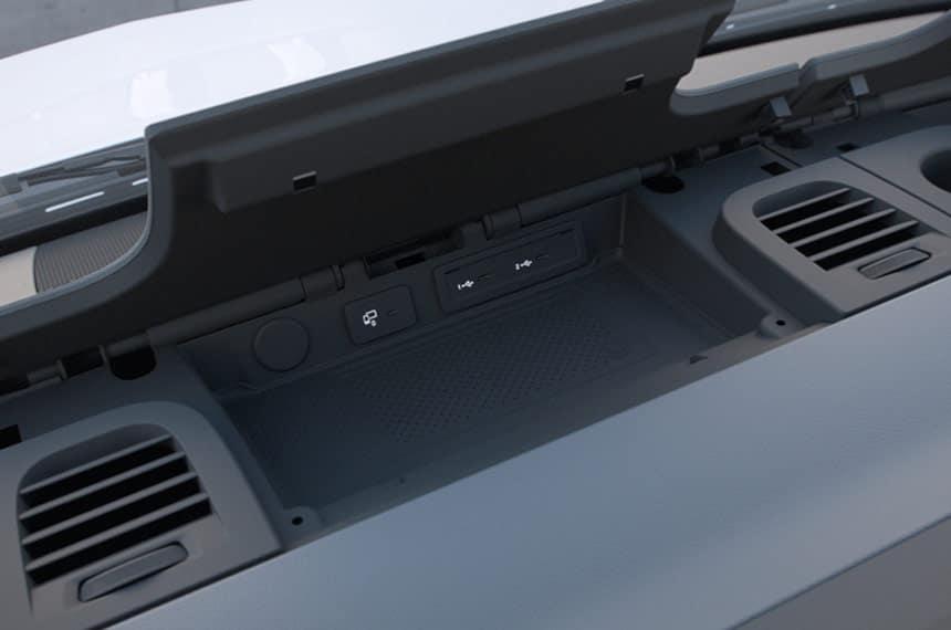 console smarthphone integration holder