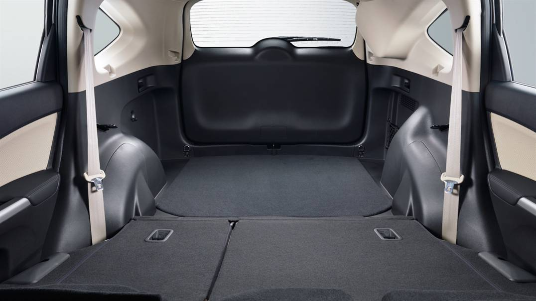 The Honda Cr V Wins When It Comes To Cargo Space