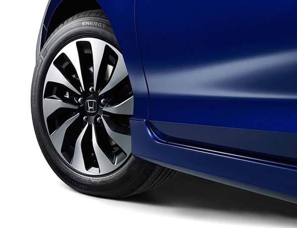 Honda Accord Hybrid TIre