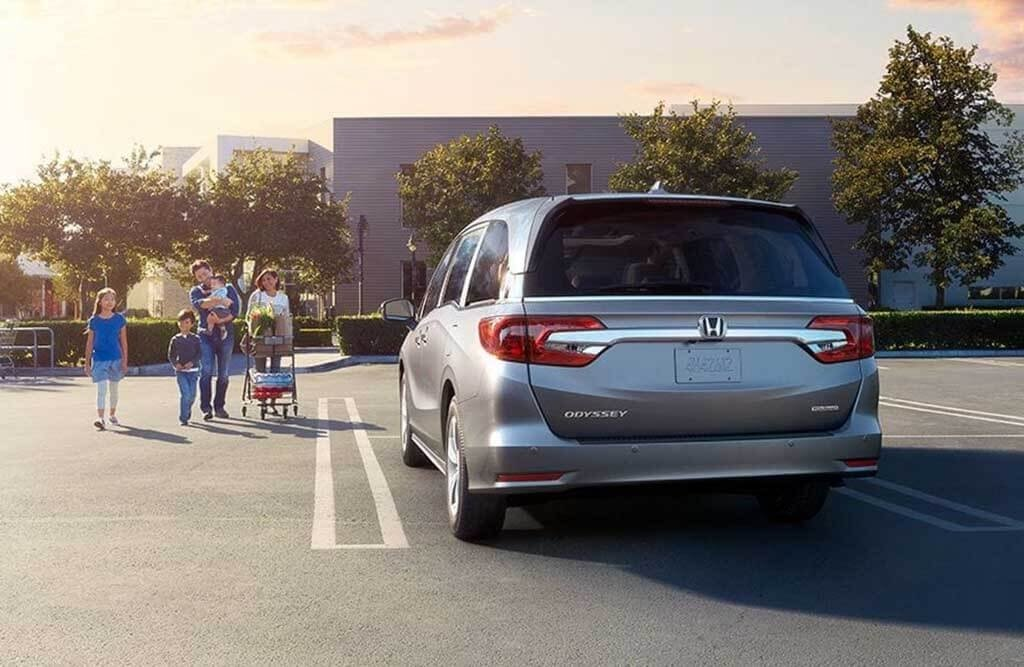 explore the trim levels of the 2018 honda odyssey. Black Bedroom Furniture Sets. Home Design Ideas