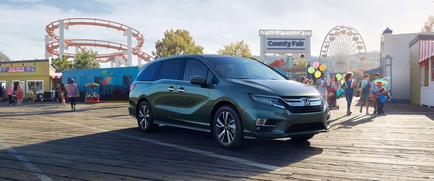 2018 Honda Odyssey parked in parking lot