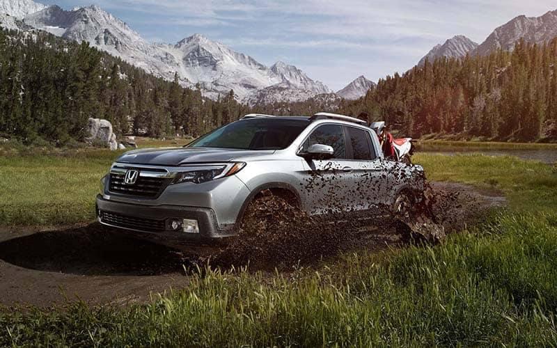 2018 Honda Ridgeline Off-Roading Through Mud Fields