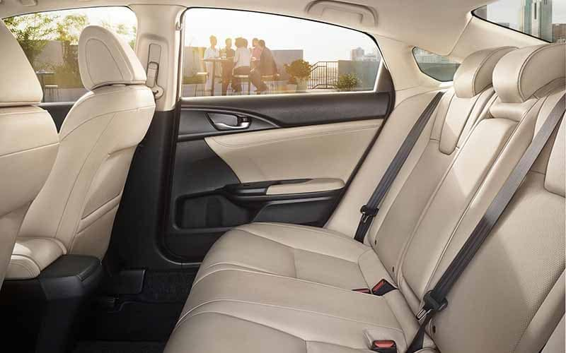 2019 Honda Insight Seating with Restraints