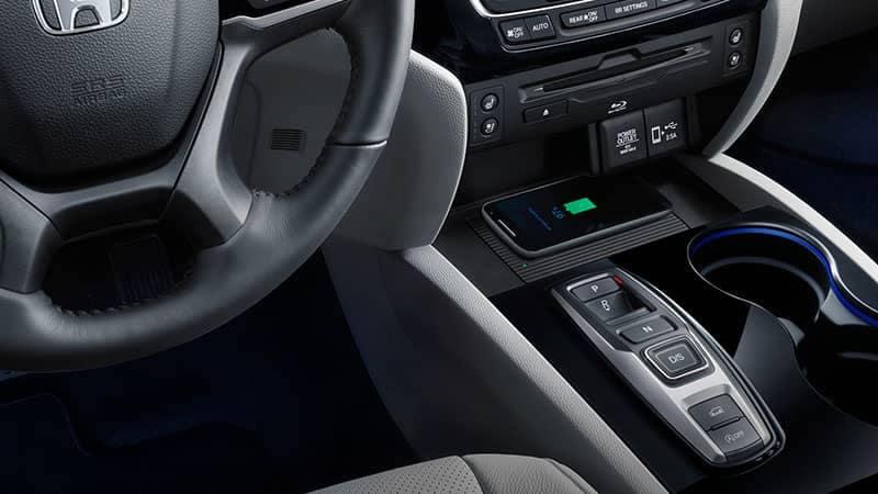 2019 Honda Pilot Wireless Phone Charging