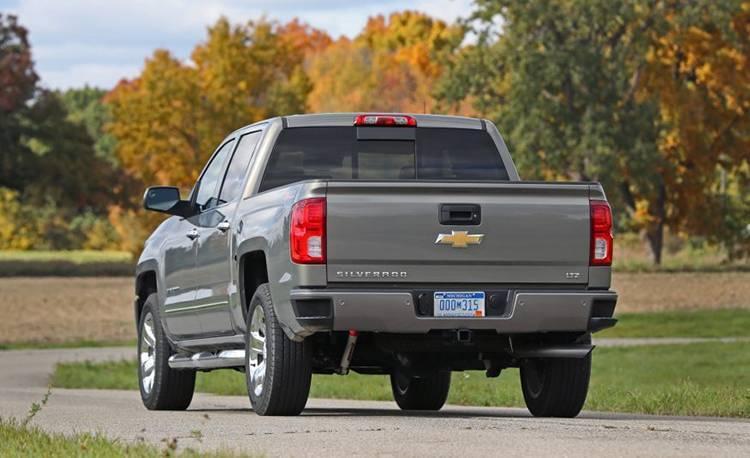 2017-Chevrolet-Silverado-1500-Garber