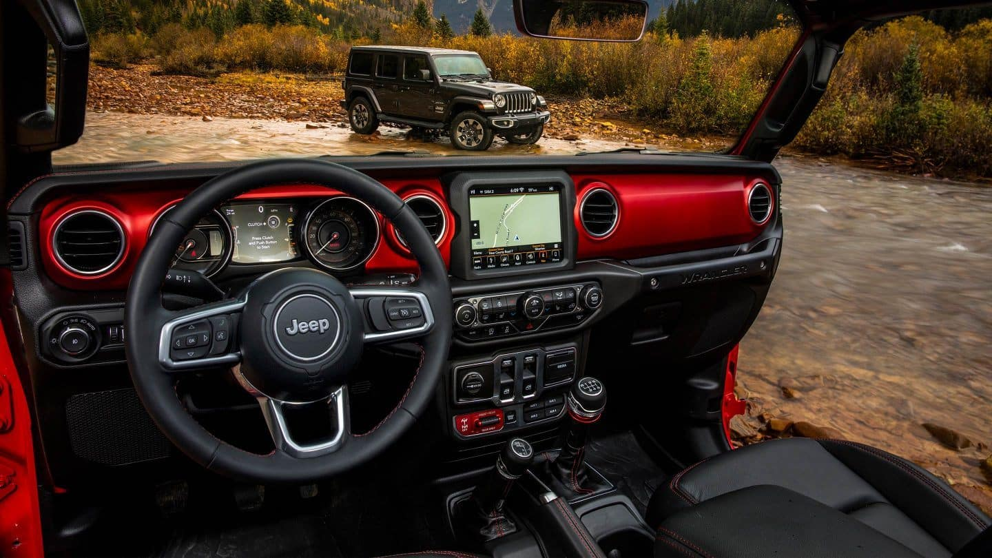 2018 Jeep Wrangler Rubicon interior Console Red