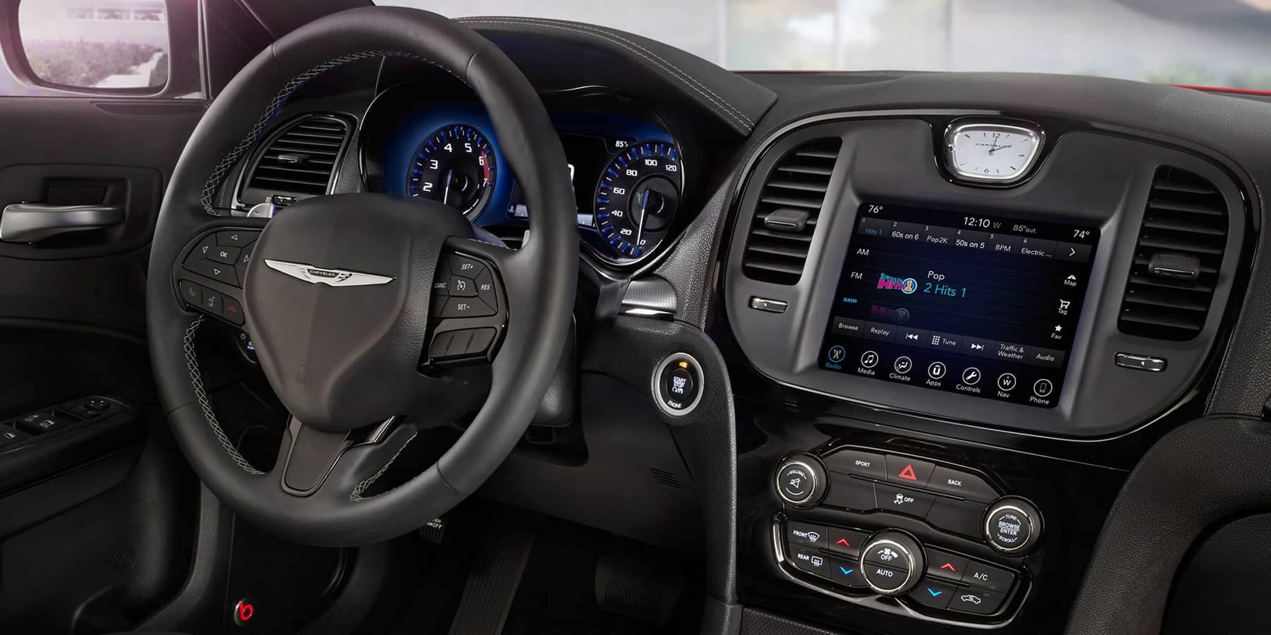 2019 Chrysler 300 Interior Features | Mansfield MA