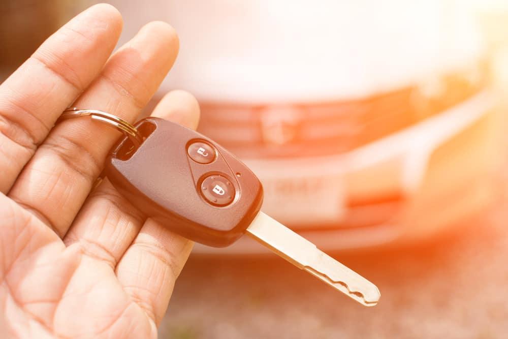 Looking at new car keys
