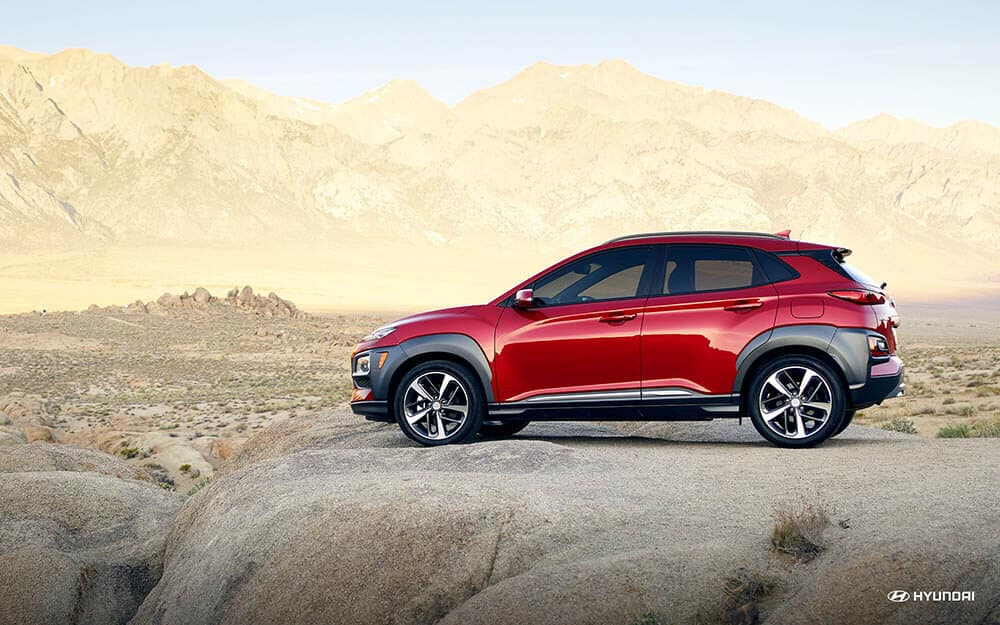 2019-hyundai-kona-side-red