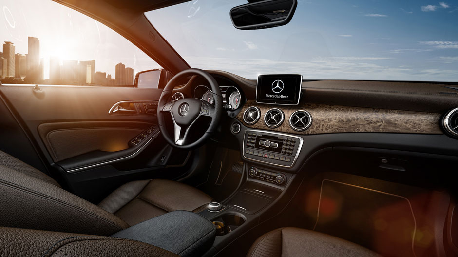 2017 Mercedes-Benz GLA dashboard