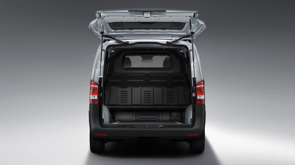 Mercedes-Benz Metris van cargo capability