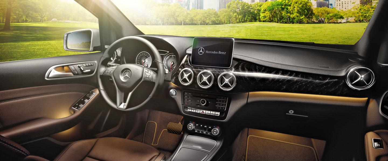 2017 Mercedes-Benz B-Class cabin