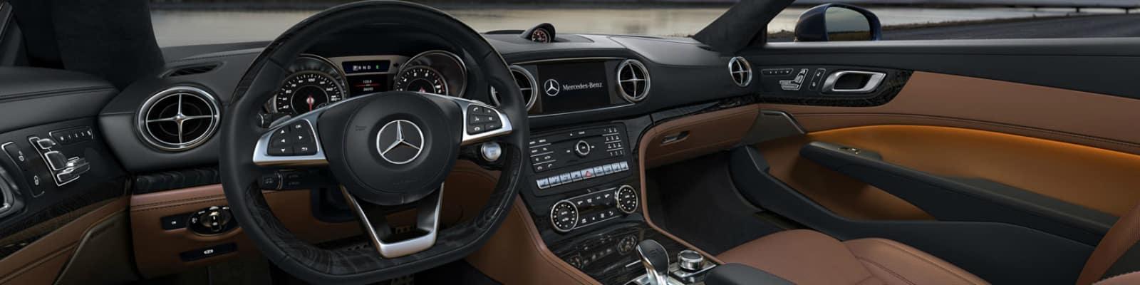 2018 Mercedes-Benz SL Roadster dashboard