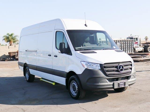 $2,000 Instant Customer Rebate On Select 2019 3500 Sprinter Cargo Vans.