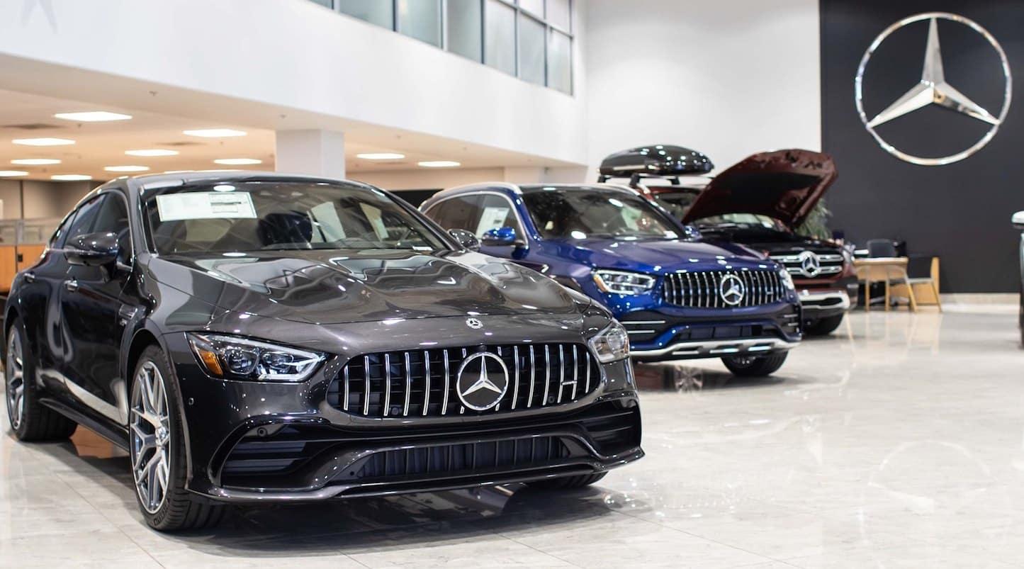 Walter's Mercedes-Benz of Riverside Showroom
