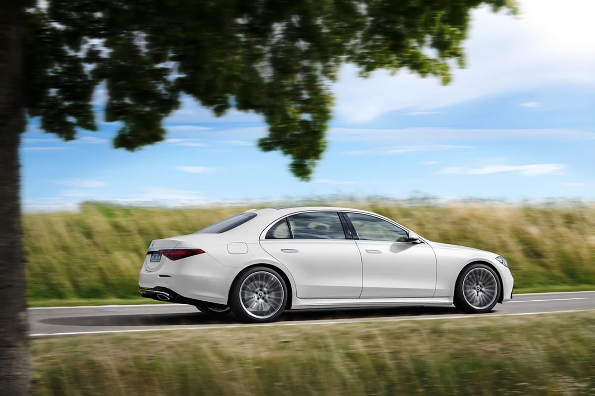 2021 Mercedes-Benz S-Class Sedan Driving