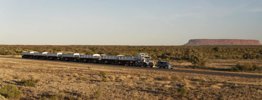 Land Rover Discovery Tows 110-Ton Train